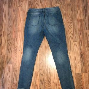 PacSun Jeans - Frayed hem skinny jeans !